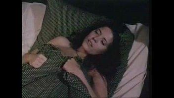 Подружка приняла малафью на огромную анус по окончании интима на диванчика