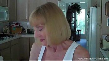 Русская блонда торгует аналом на порно отборе старика вудмана
